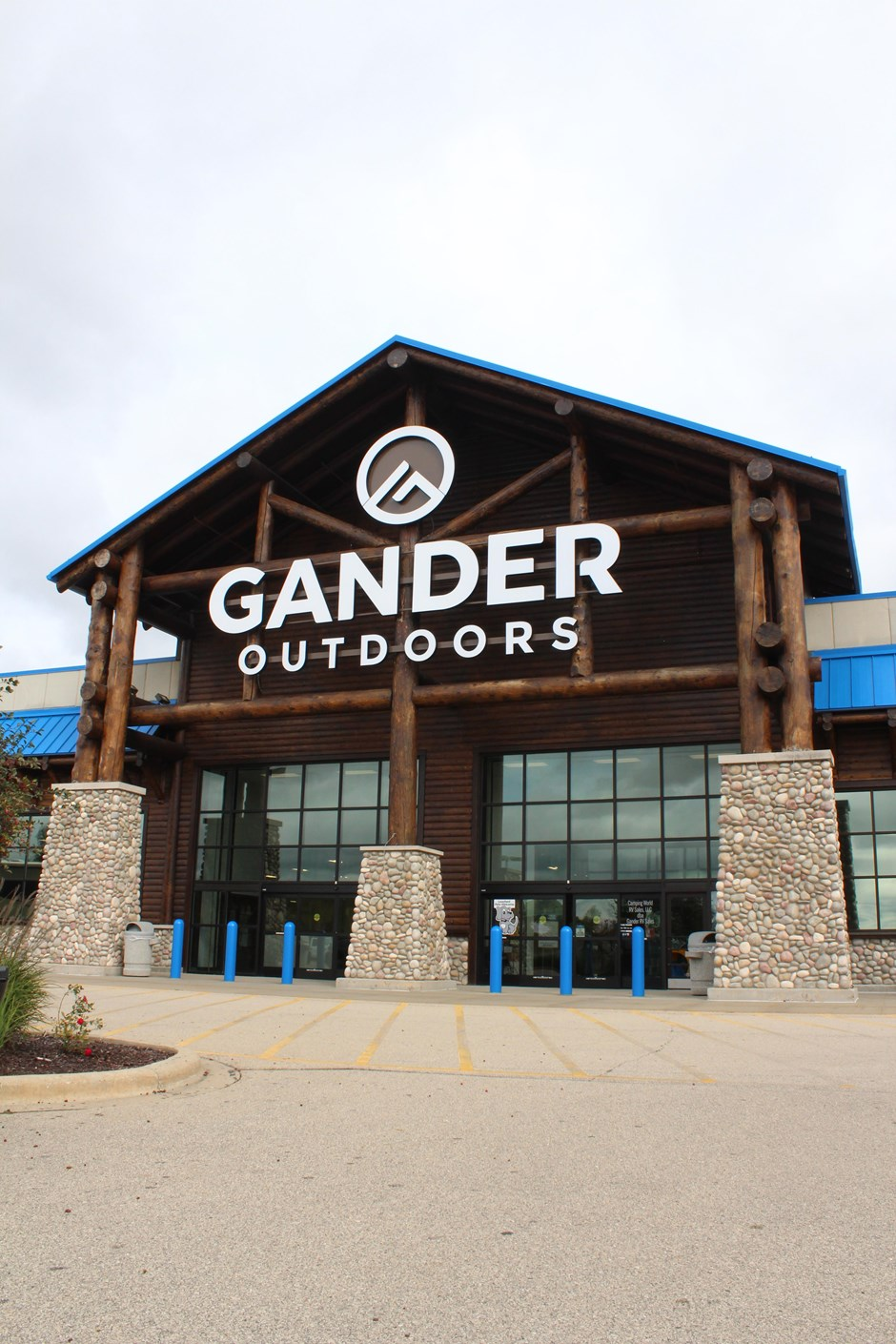 Optimized waste handling, performance and service monitoring led to Gander Outdoors going with Bramidan